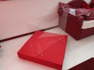 Realizzazione barriere parafiato in plexiglass per attività commerciali